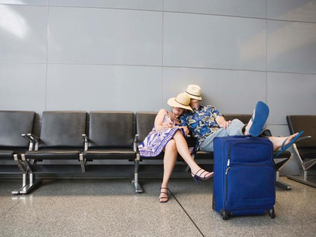 The Ultimate Holiday Travel-Tip Refresher Course