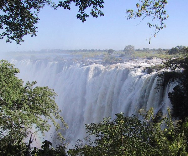 Why Choose An Escorted Tour With Africa Travel?
