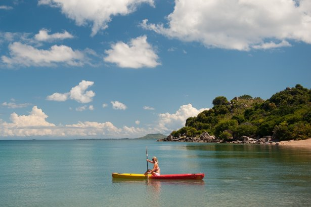 diving in lake malawi